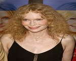 Mia Farrow Testifies In 'Blood Diamond' Trial; Contradicts Supermodel's Testimony