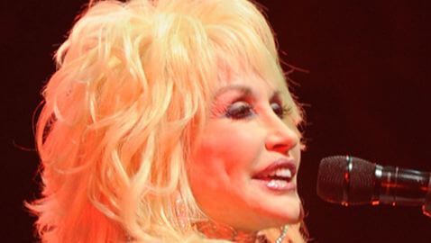 Dolly Parton Struggles with Australia Performances