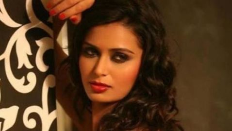 Bollywood Actress Meenakshi Thapar Kidnapped and Murdered