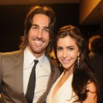 Jake Owen Calls Girlfriend on Stage, Gets Down on One Knee