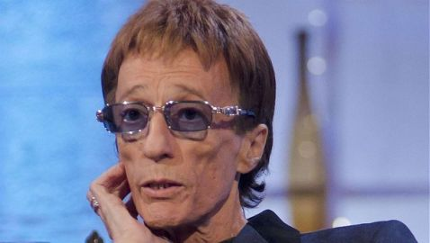 Robin Gibb Loses Battle with Cancer