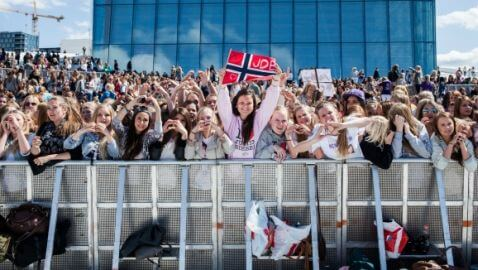 Justin Bieber Fans Injured During Olso, Norway Concert