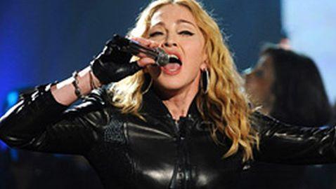 Madonna Discusses Short Concert in Paris