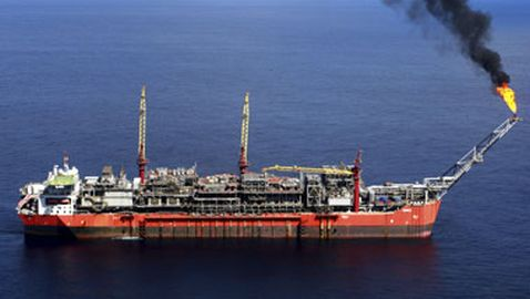 Oil Tanker Seized, Crew Kidnapped by Pirates