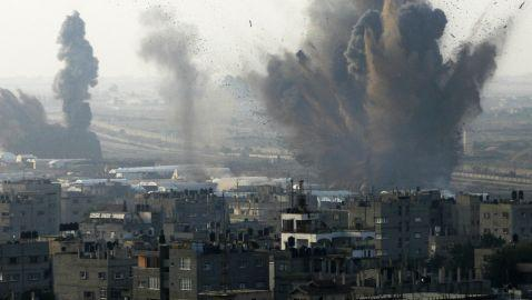 Death Toll in Gaza Strip Escalates as Israeli Attacks Continue