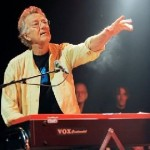 """Doors"" Founder Ray Manzarek Dies"