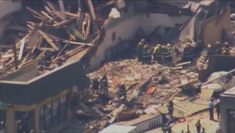 Philadelphia Building Collapses, Killing 6