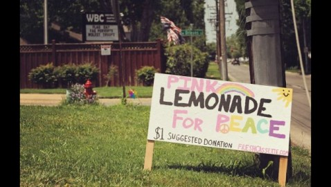 "Little Girl Sells ""Lemonade for Peace"" Outside of Westboro Compound"
