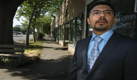 Mexican Immigrant Granted a Law License, Without Legal Status