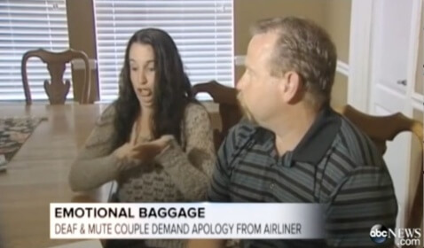 American Airlines Employee Apologizes to Deaf Couple