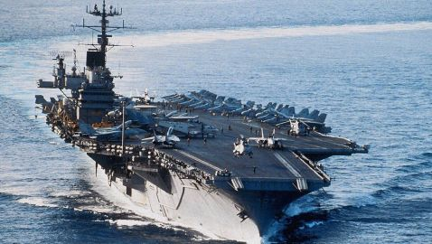 US-Navy-Aircraftcarrier-2