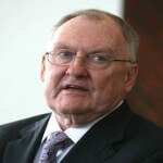 Former Governor Thompson Retires from Winston & Strawn