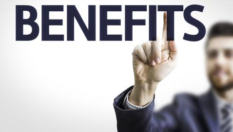 What are the benefits of working at a small law firm?