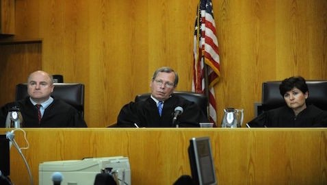 A recent study shows interesting differences in rulings depending on the genders of the judges on the bench.