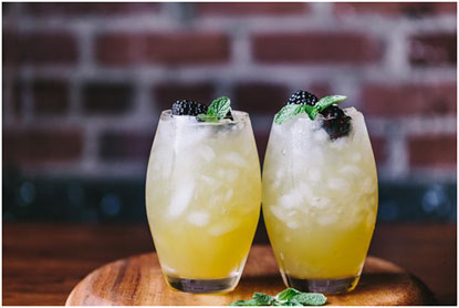 Summer-Cocktails-Your-Guests-Will-Love-10