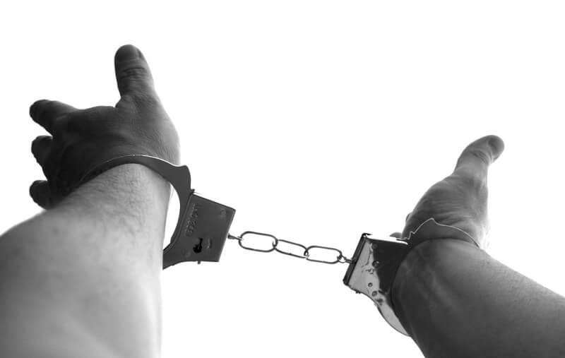 handcuffs-921290_960_720