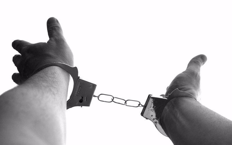 decriminalize drugs