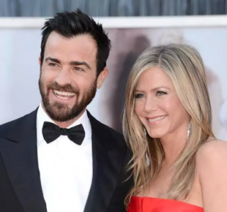 Jennifer Aniston, Justin Theroux Fight for Custody of Dog